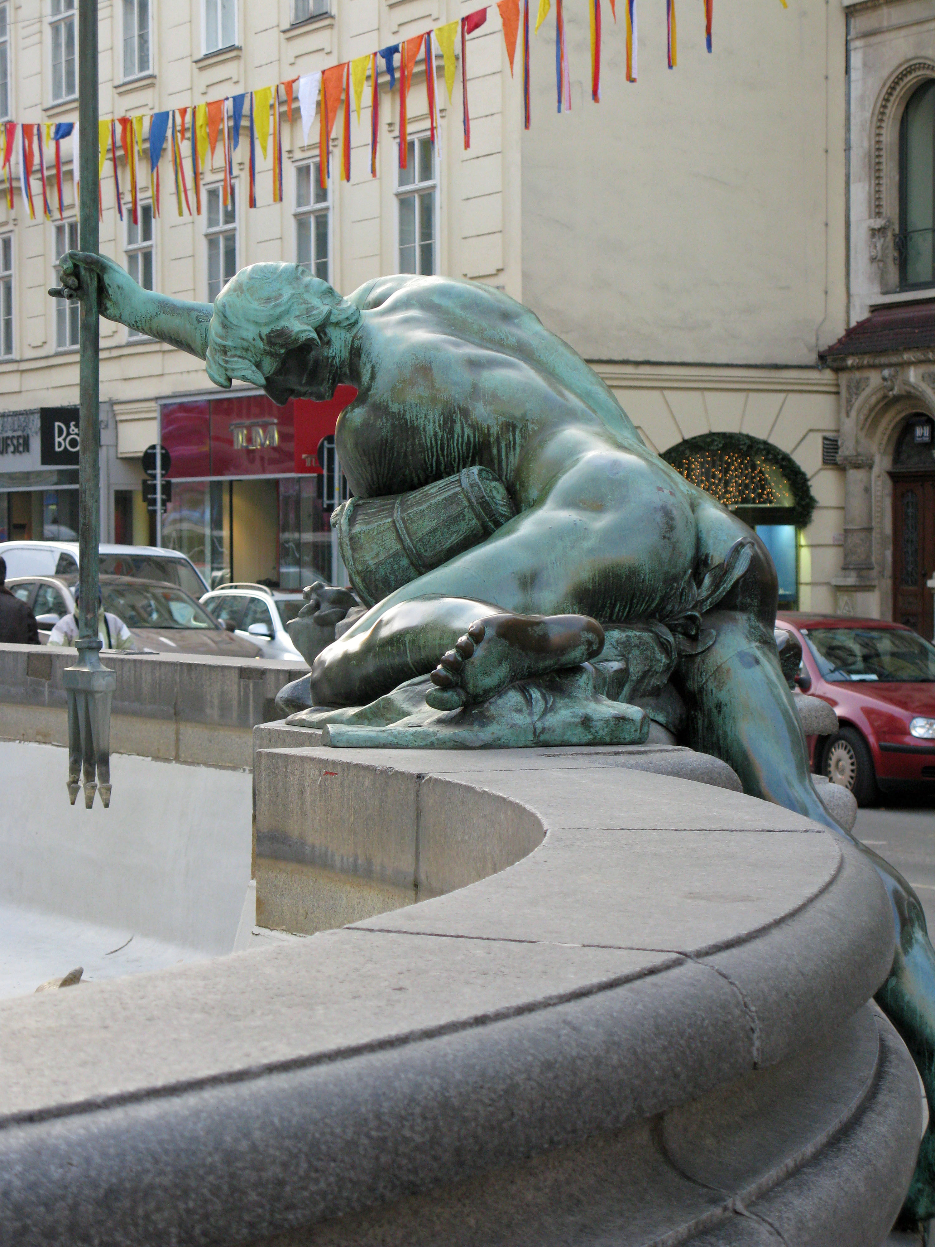 Hot Gay Statues: Vienna,